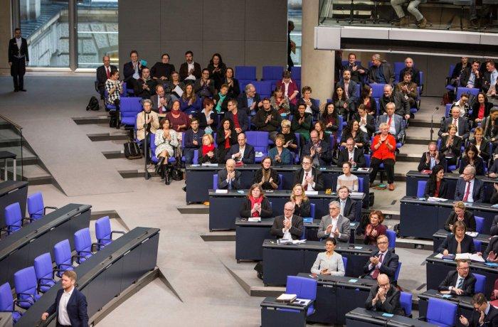 Die Fraktion DIE LINKE im Plenum des Deutschen Bundestages.