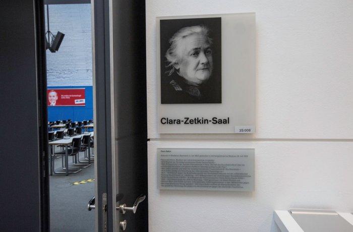 Fraktionssaal DIE LINKE im Bundestag, Clara Zetkin
