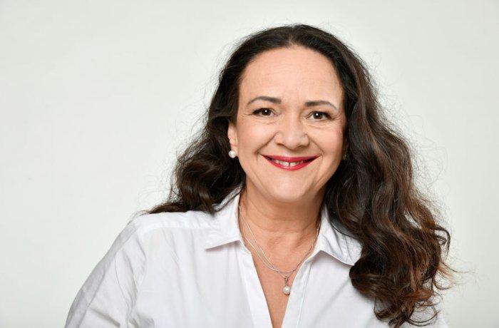 Offizielles Foto von Simone Barrientos, Abgeordnete der Linksfraktion im Deutschen Bundestag