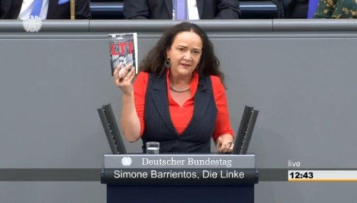 Simone Barrientos spricht im Deutschen Bundestag über Kulturpolitik.
