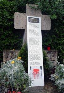 Kein Ehrenkreuz für Kriegsverbrecher! Alfred Jodl